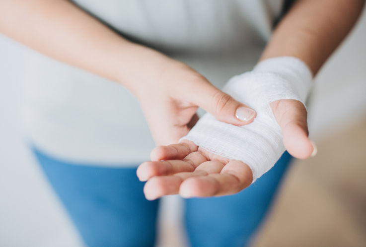 Does loan consolidation hurt your credit - Bandaged hand